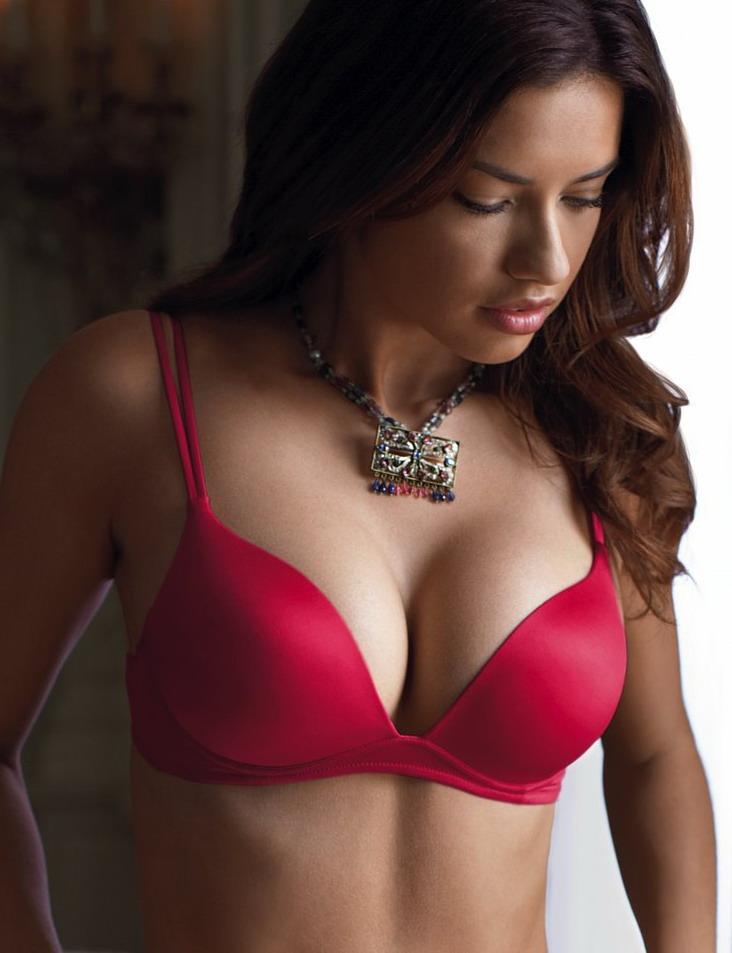 Красивая грудь 3размер